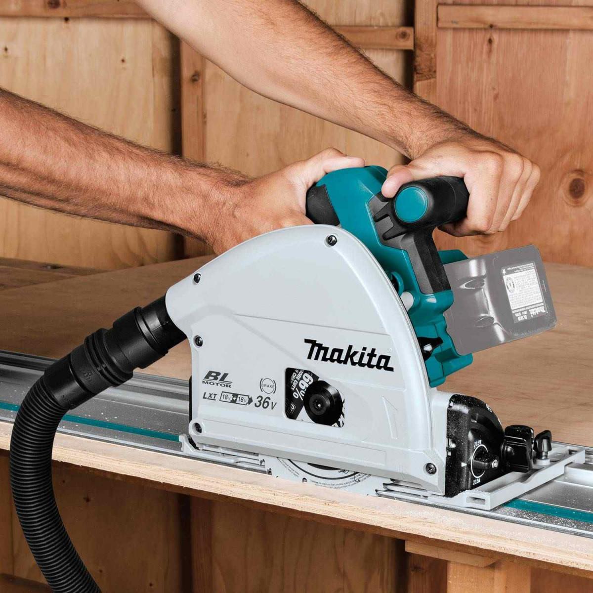Makita XPS02ZU Plunge Circular Saw Kit